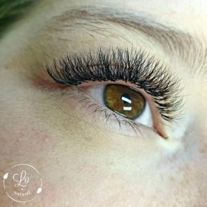 lo'lash extensions formations cils volume russe